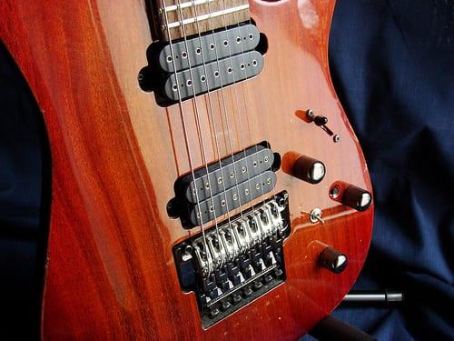7 String Guitar