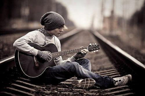 Kết quả hình ảnh cho play guitar