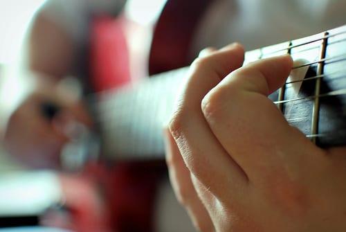 Changing guitar strings
