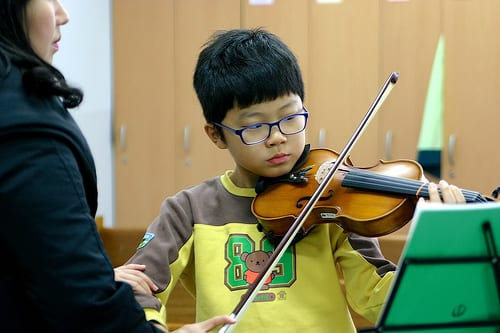The Pros and Cons of the Suzuki Violin Method – TakeLessons Blog