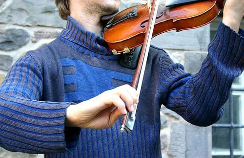 violin bow hand