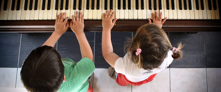 How to Teach Piano to Kids: 12 Ways to Support Your Little Mozart