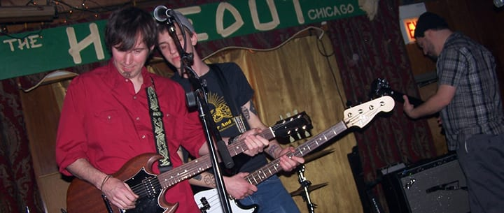 10 Chicago Bars With Live Music