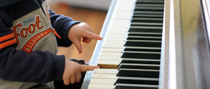 How Piano Lessons for Kids Can Help with Creativity, Coordination, and More