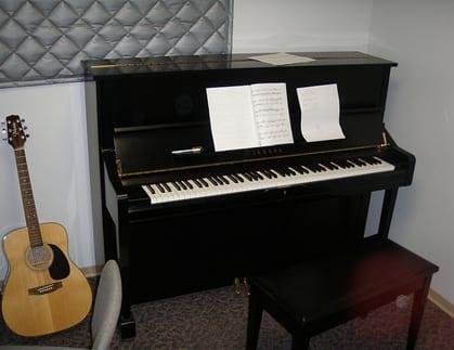 Advanced piano page 4 of 5 takelessons blog for Piano u1 yamaha price
