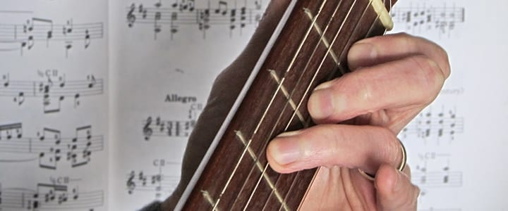 5 Popular Guitar Chord Progressions You'll Instantly Recognize
