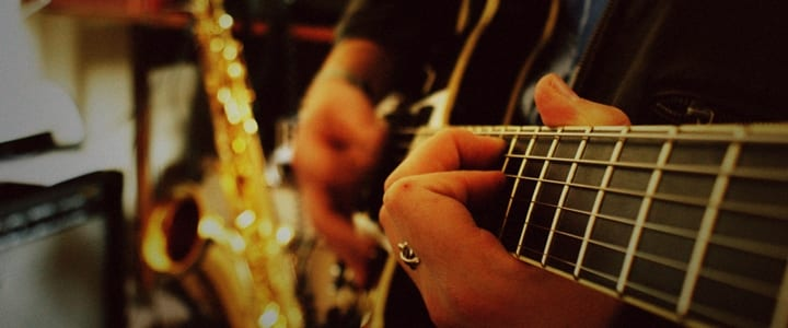 4 Guitar Exercises For Faster Fingers