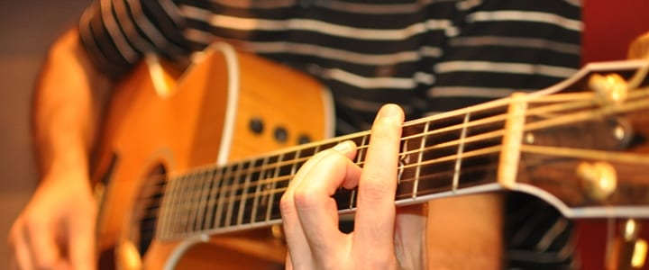 Learn to Play Guitar: 4 Common Myths Debunked