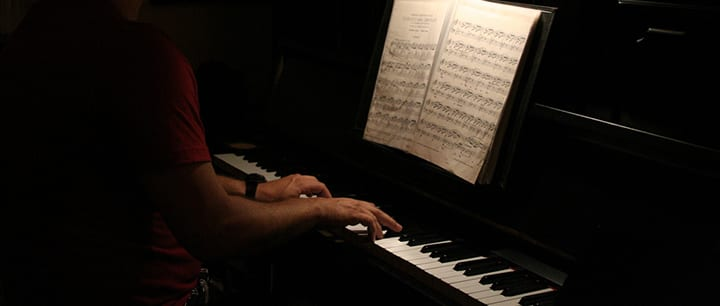 8 Essential Piano Chords Every Pianist Needs to Know