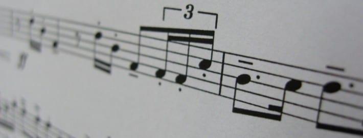 reading piano notes