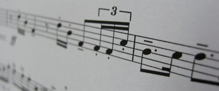 reading piano notes