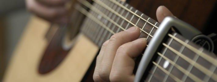 how to make guitar chords using a capo