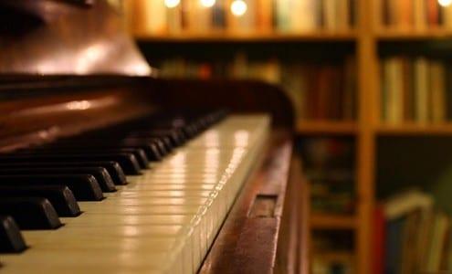 beginning piano accessories