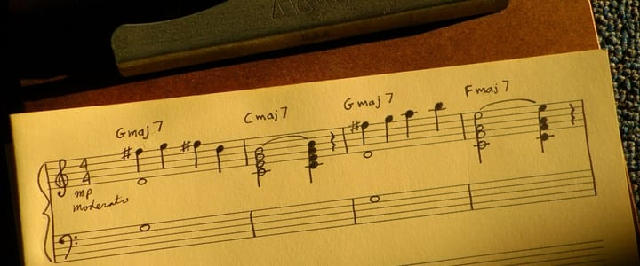 9 Steps for Writing a Hit Song on the Piano