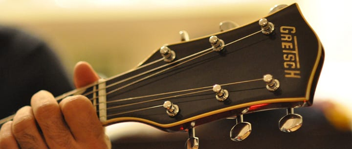 3 Mistakes New Guitar Players Make With Strings