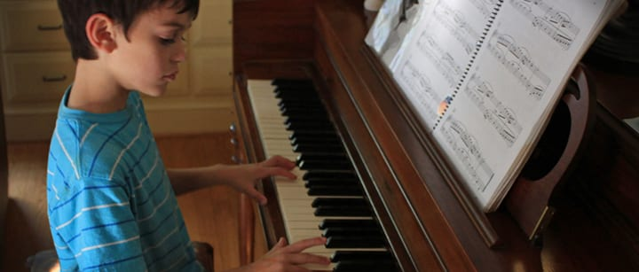 Piano Lessons for Kids: 5 Easy Ways to Support Your Child