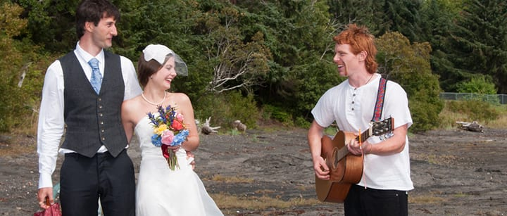 5 Great Songs to Sing at a Wedding