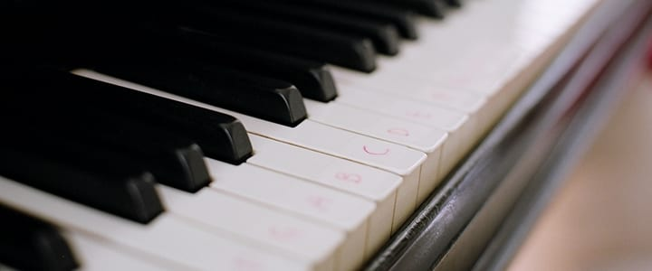 6 Piano Songs to Help You Learn Major and Minor Scales