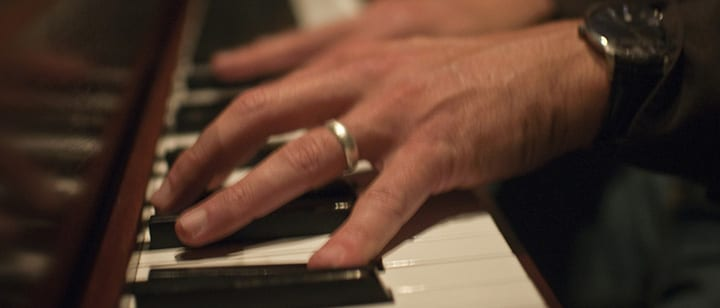 5 Piano Exercises That Target Your Left Hand