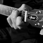 Learning Guitar: Understanding Minor and 7th Chords