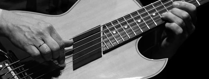 six helpful pointers for learning to play guitar solos. Black Bedroom Furniture Sets. Home Design Ideas