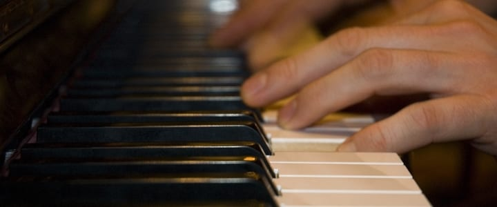 What Tempo Should You Practice Piano Scales At?