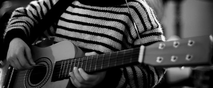 5 Easy Songs for Kids to Play On Guitar