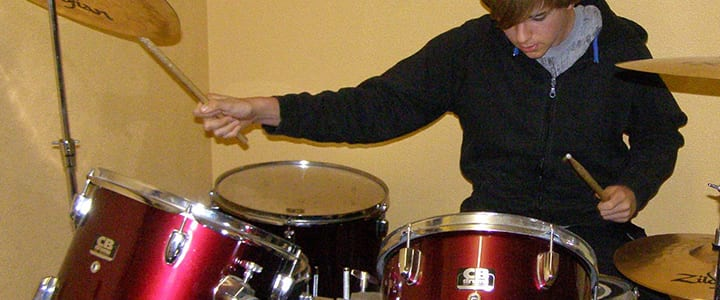 6 Awesome Drum Websites to Help You Practice at Home