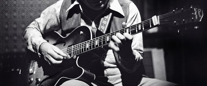Add More Flavor to Your Playing With These 7 Jazz Guitar Chords