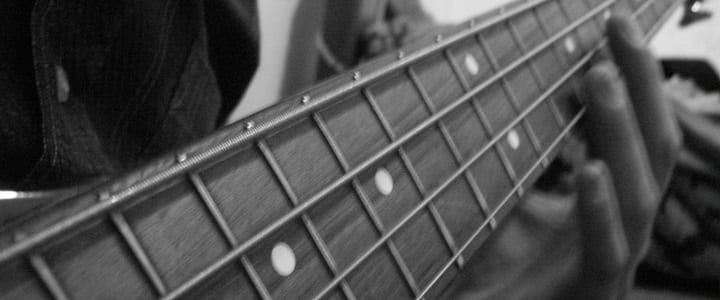 Explore the Fretboard With These 5 Essential Pentatonic Scale Shapes