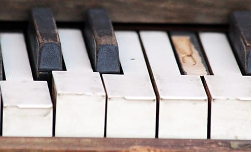how to restore a piano
