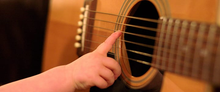 Guitar for Kids: How to Help Your Child Love the Guitar