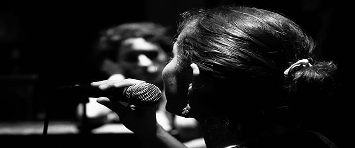 How to Get a Raspy Singing Voice – Is it Healthy?
