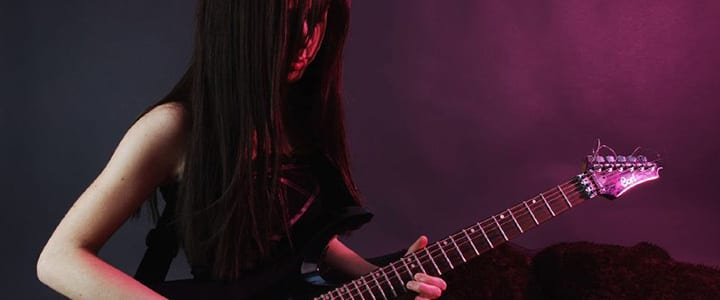 5 Things You Need to Know Before Taking Metal Guitar Lessons