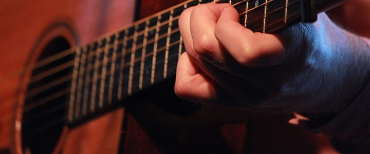 6 Easy-to-Learn Classic Country Songs for Guitarists