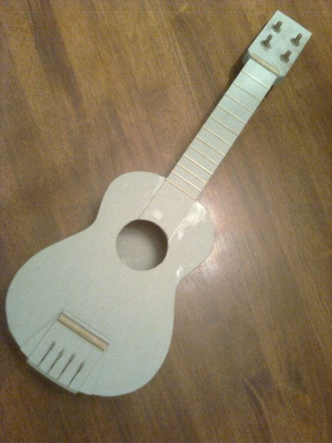 7 cool ways to make your own amazingly creative ukulele for What can you make out of string