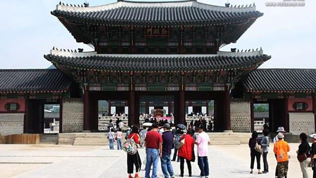 Visit Korea -  gyeogbokgung palace