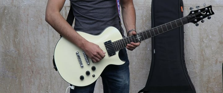 How to Use Phrasing to Make Your Guitar Solos Amazing