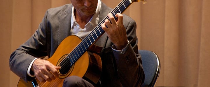 5 Classical Guitar Exercises for the Left Hand