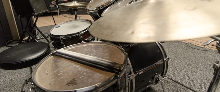 Gear Guide for Drummers: All About Drum Thrones
