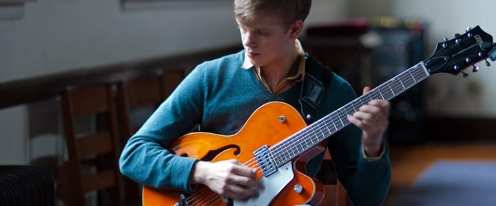 Seven Easy Jazz Guitar Songs for Beginners