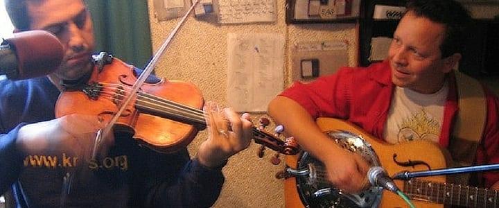 play the violin
