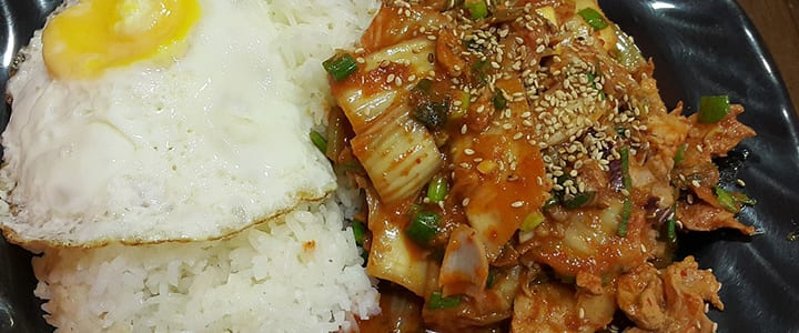 Restaurant Rescue: Essential Korean Phrases for Dining Out