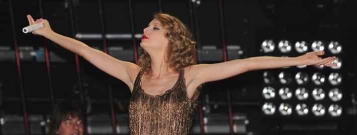 How to Play Ukulele Like Taylor Swift