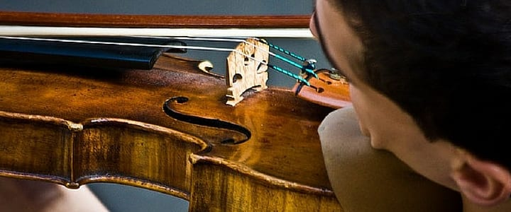 Everything You Need to Know About Vibrato Violin