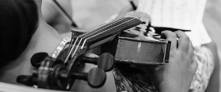 A Beginner's Guide on How to Tune a Violin [Instructional Video]