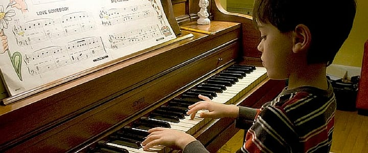 fun pop songs for kids to play on keyboard or piano