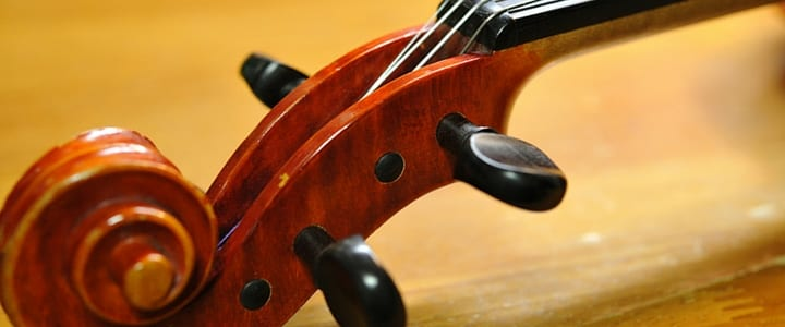 A Beginner's Guide to Proper Violin Fingering [Instructional Video]