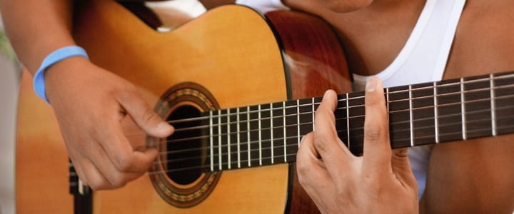 A Beginner's Guide to Understanding Guitar Chord Progressions