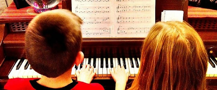 10 Famous Piano Duets You Can Learn Today [Videos]